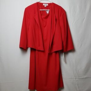 Danillo Woman Red Dress Suit